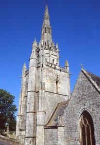clocher Plumeliau